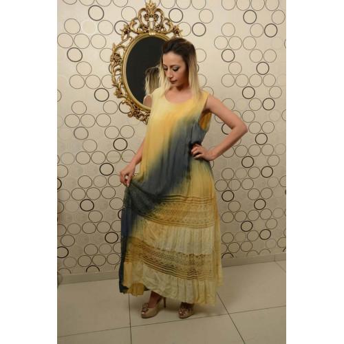 Kolsuz Dantel Detaylı Batik Uzun İpek Elbise